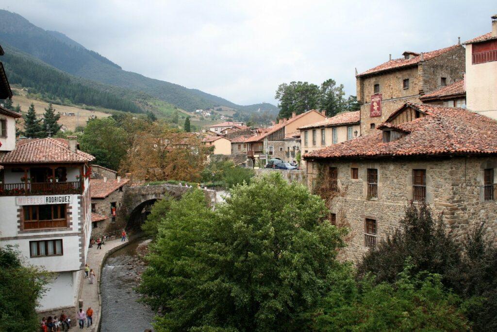 Pueblos más bonitos de España: Potes