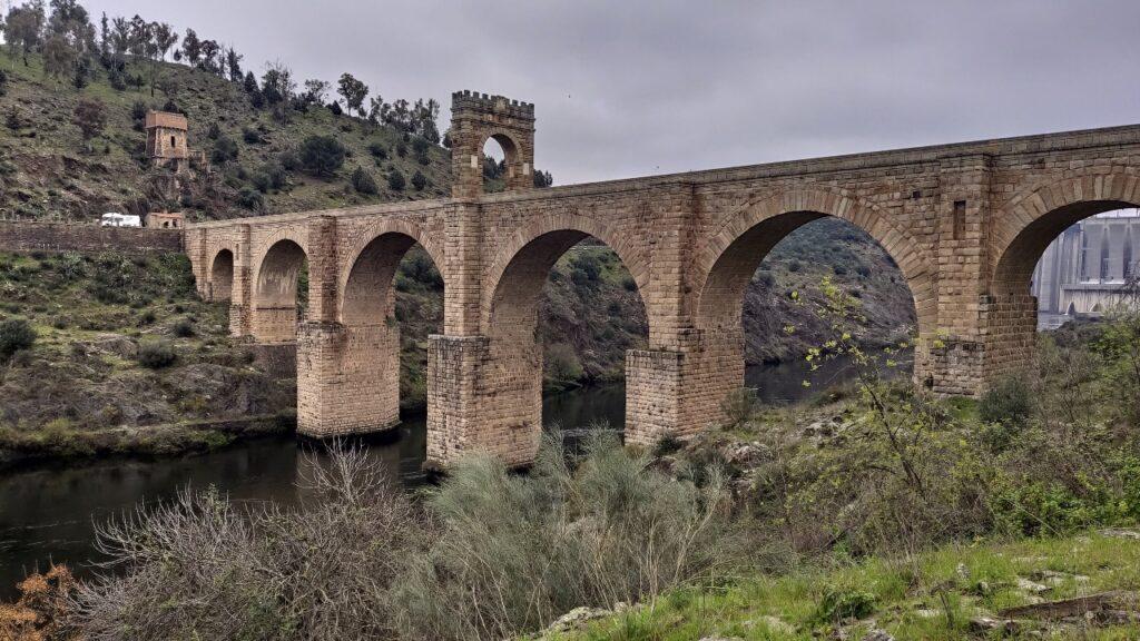 Extremadura en autocaravana - Puente Romano de Alcántara